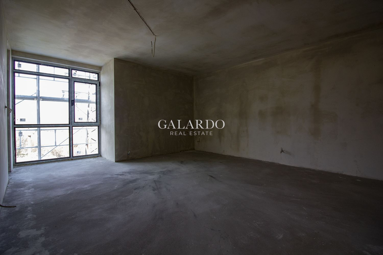 Тристаен апартамент в затворен жилищен комплекс в полите на Витоша