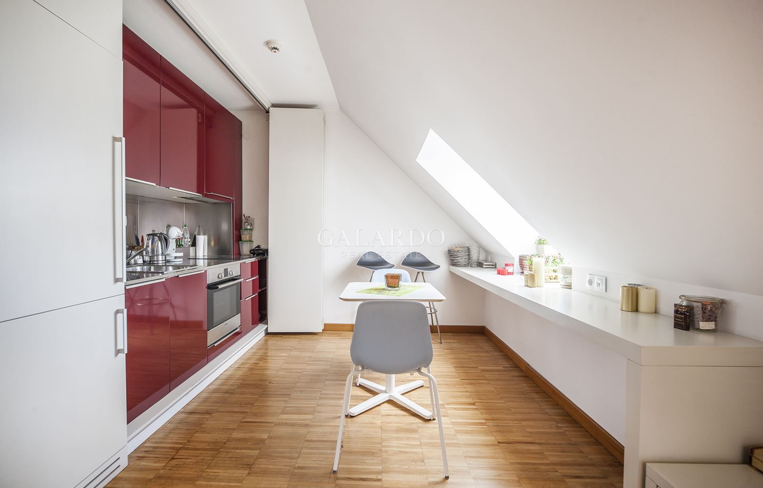 Дизайнерски апартамент в Докторска градина