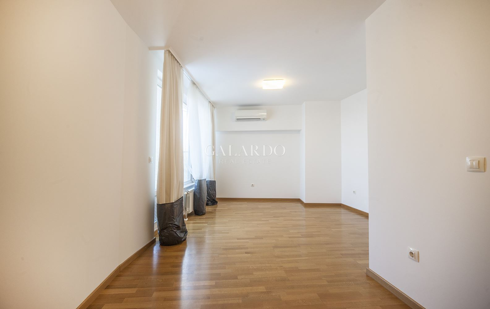Three bedroom apartment in Lozenets district