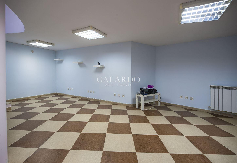 Office for sale in new building in Manastirski livadi area