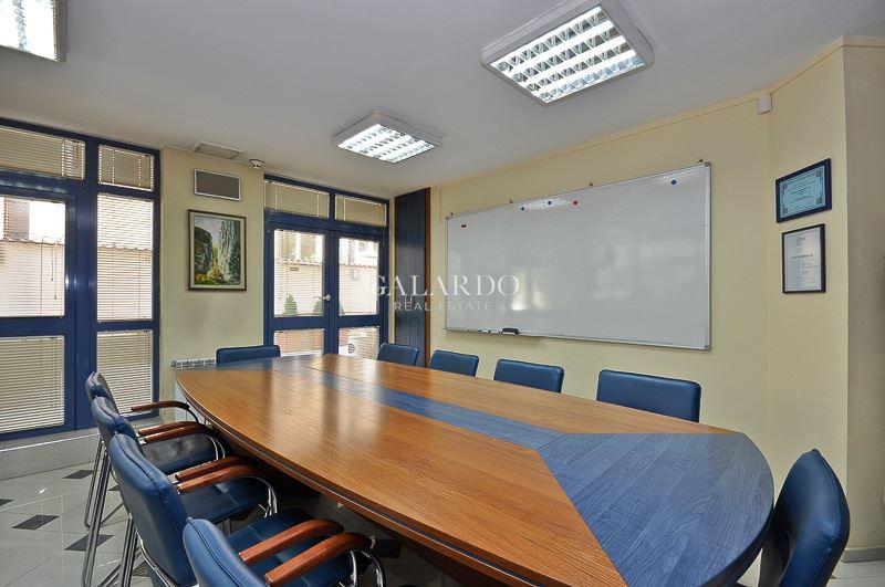 Самостоятелен офис в кв. Яворов