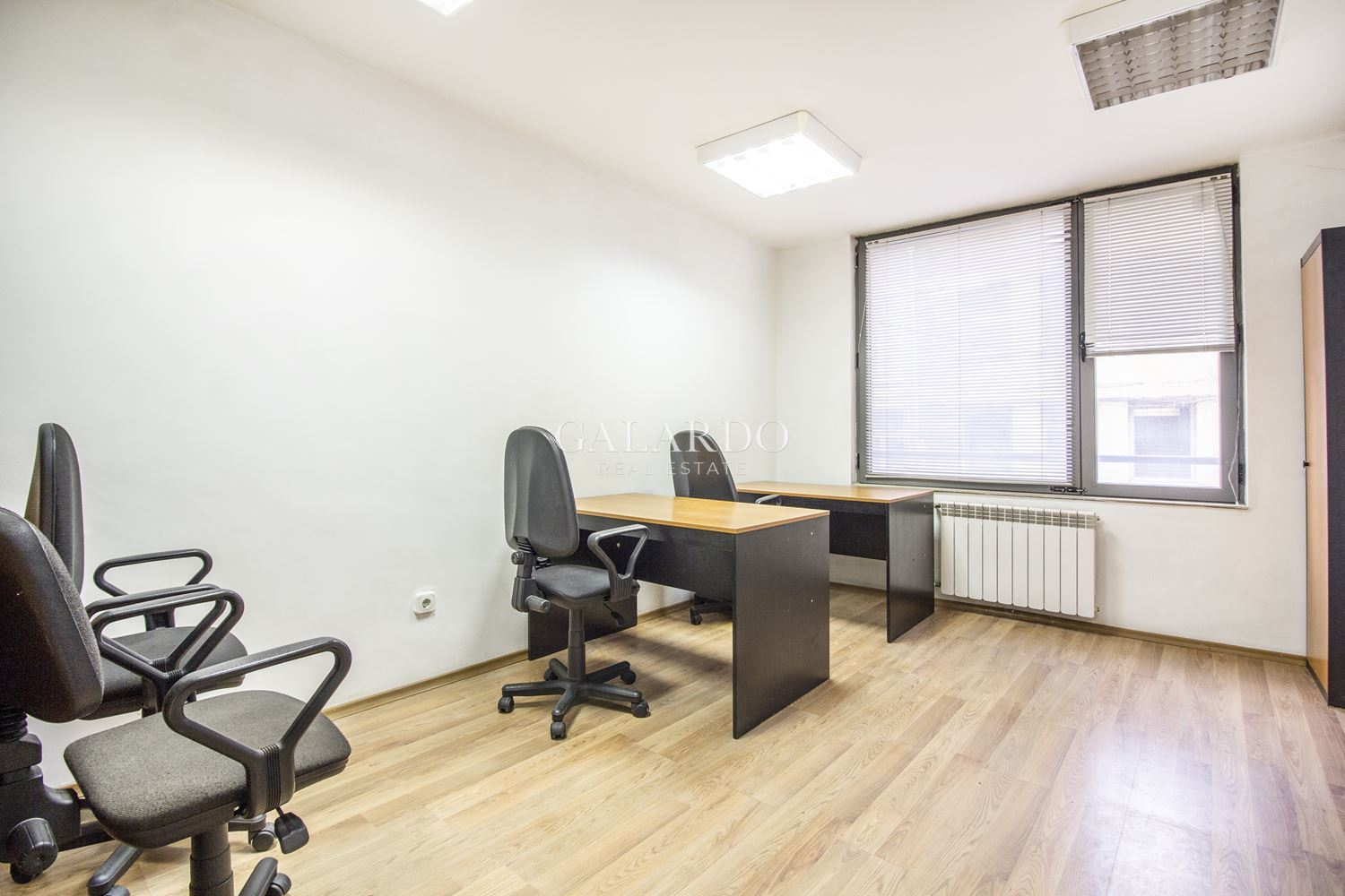 Furnished office near Vazrajdane Square