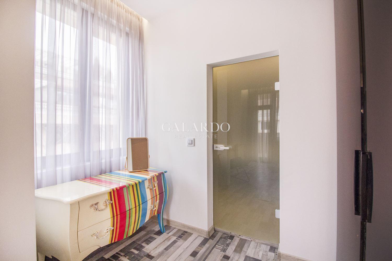 Дизайнерски апартамент в комплекс Belle Rose