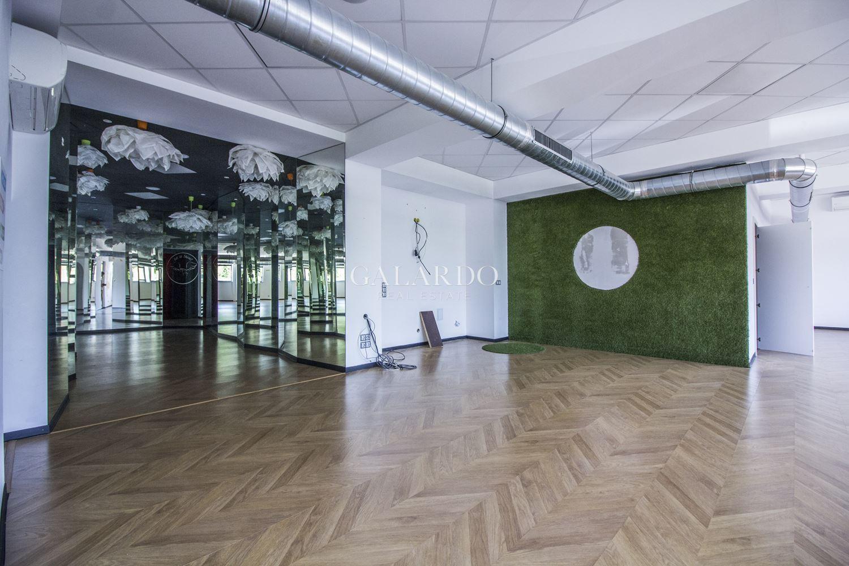 Функционален офис до Метростанция Мария Луиза
