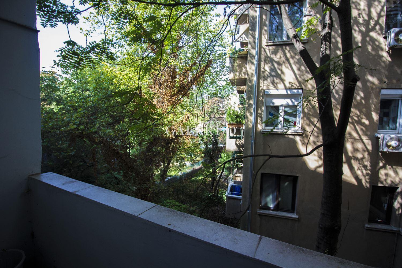 Апартамент за продажба в топ център- ул.