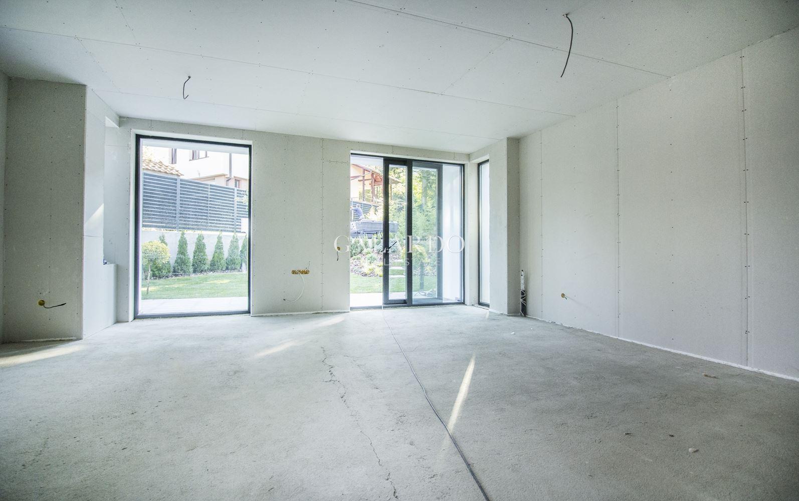 Модерна нова къща със собствен двор в кв. Драгалевци