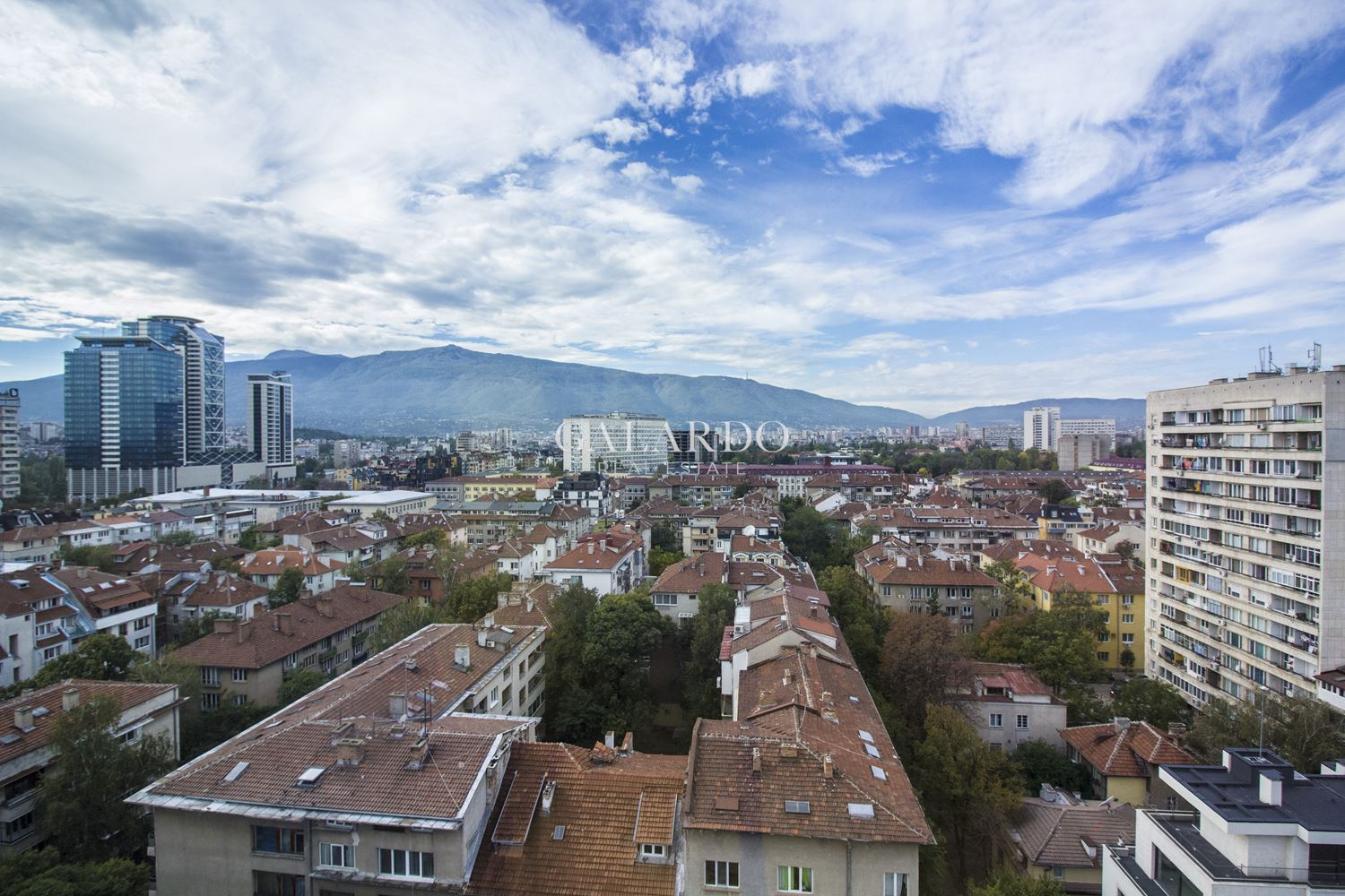 Spacious apartment with a unique view of the whole city and Vitosha Mountain in the downtown next to the National Palace of Culture