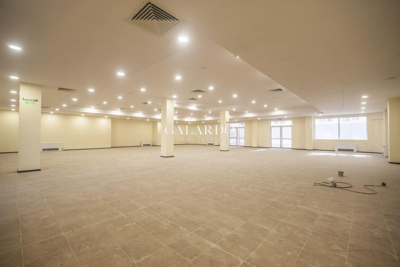 Шоурум/ Магазин/Офис  в нов офис-комплекс на Бул Цариградско шосе